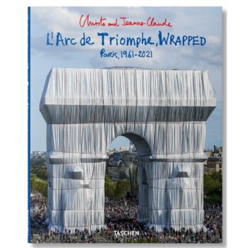 Christo and Jeanne-Claude. L'Arc de Triomphe Wrapped