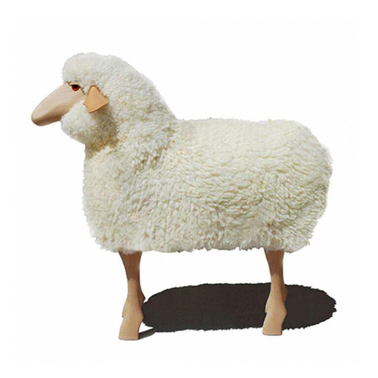 Schaf in Lebensgröße